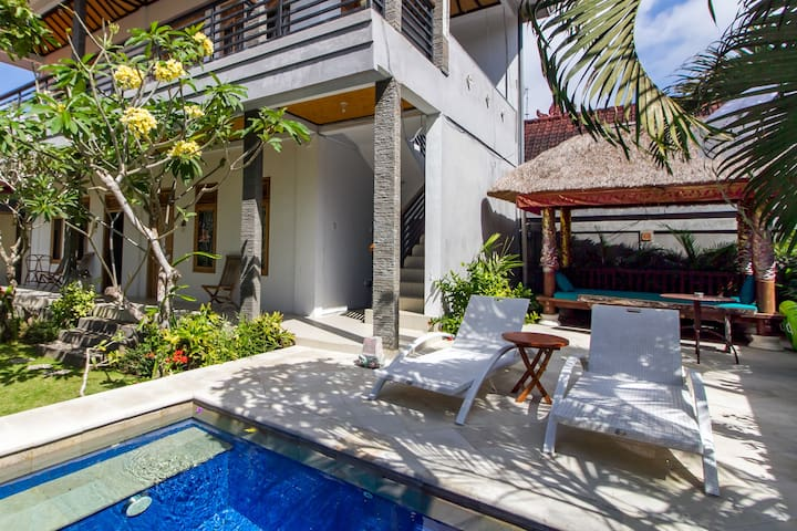Cozy Family Room Close to Uluwatu Beach