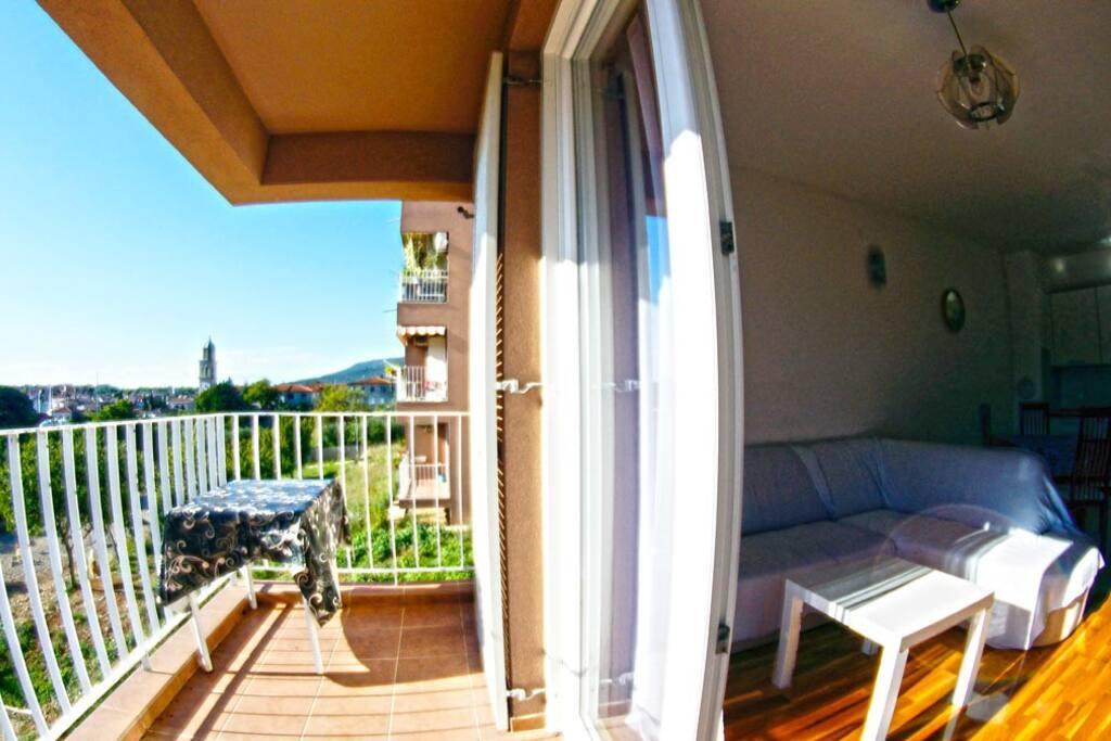 Balcony, living room
