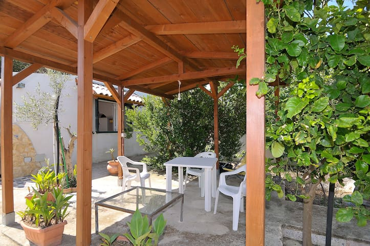 Nice & Cosy House 10 m from the sea - Cava D'aliga