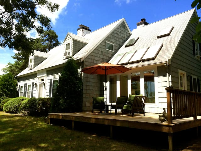 Beautiful Summer Cape on Waterfront - Barnstable - Casa