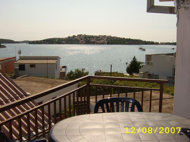 appartement  bord de mer prox Split - Rogoznica - Lägenhet