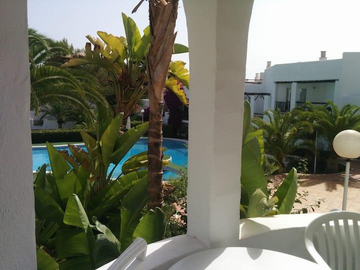 Apartamento con piscina, del 10 al 17 de julio