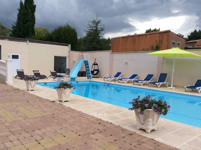 Coquet appartement Refais à neuf  - Bagnols-en-Forêt - Wohnung