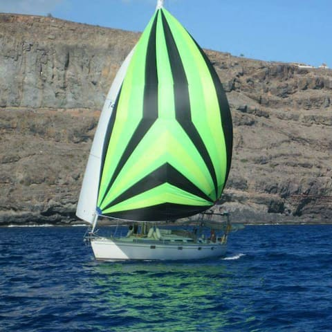 Sailing boat in puerto mogan