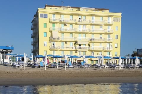 "Apartment am Strand: ""Sunset on the beach"""