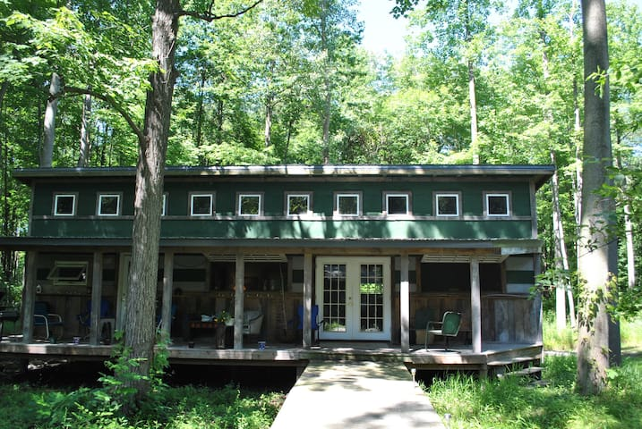Floyd's  Cabin  Lakeside Mich - Chikaming Township - 小木屋