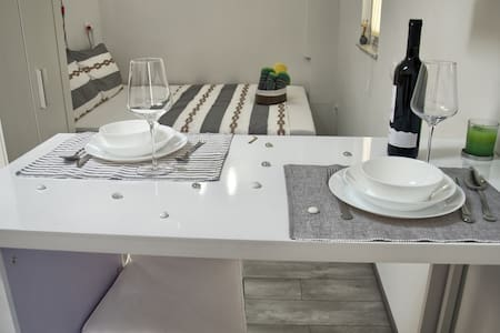 MIljas Studio Apartment