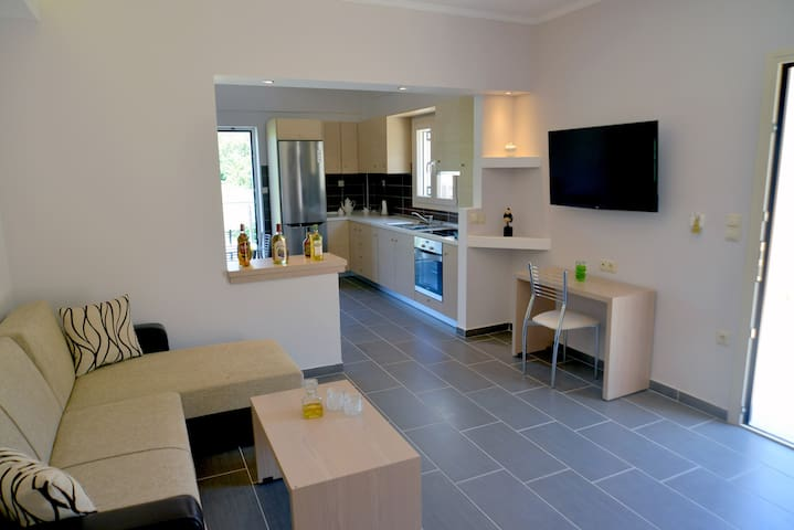 Santos Luxury & Private Apartment no 34 in Corfu - Agios Vasilios - Apartamento