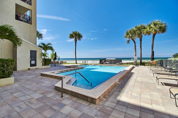 Sensational 2/2 condo-beachfront stunner (TS503)