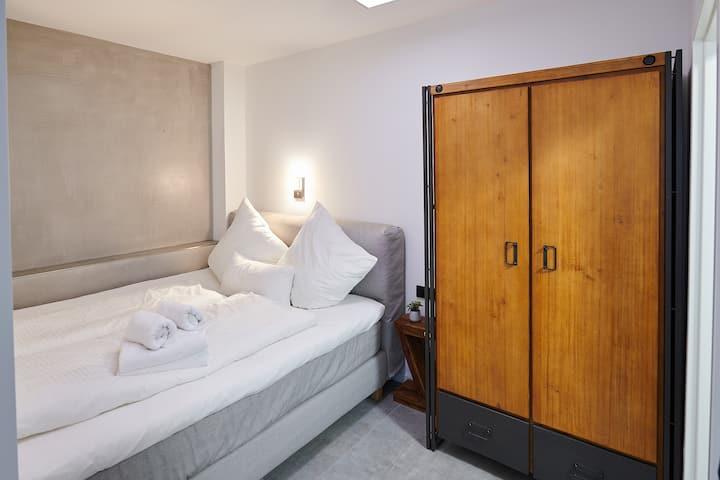 ZENTRUM HANNOVER modernes Studio Apartment HBF ZOO