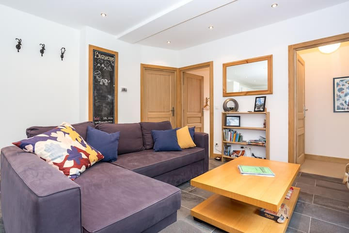 Beautiful spacious apartment with roof terrace