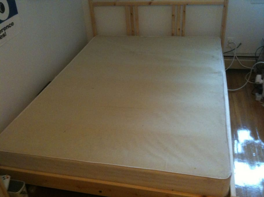 Bed with base
