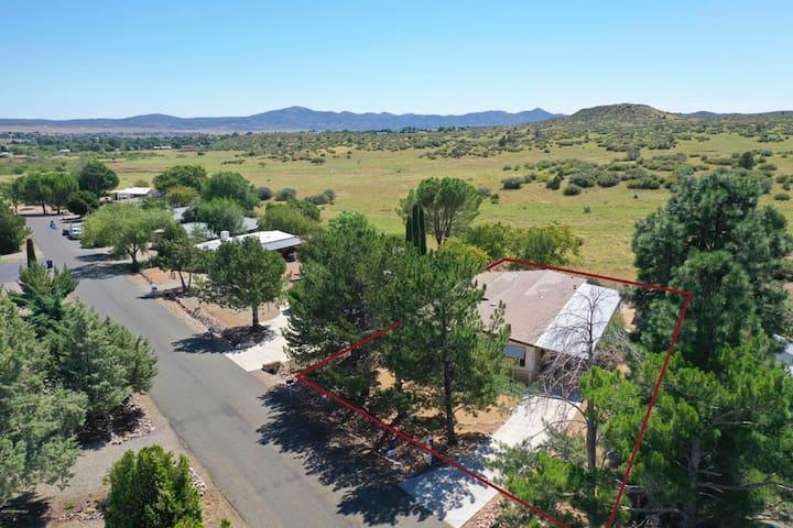 House up the Hill, Dewey, Prescott Valley Sleep 10