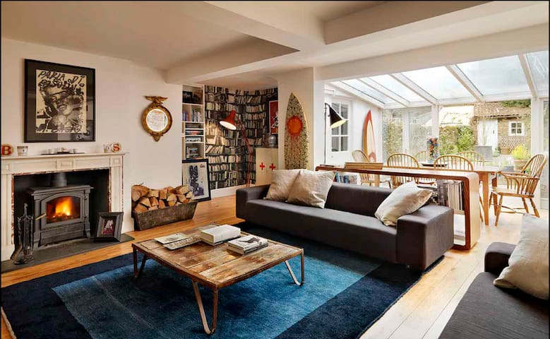 Contemporary townhouse in Henley on Thames - Henley-on-Thames - House