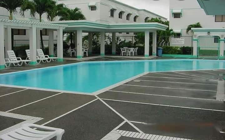 3 bedroom condo with swimming pool