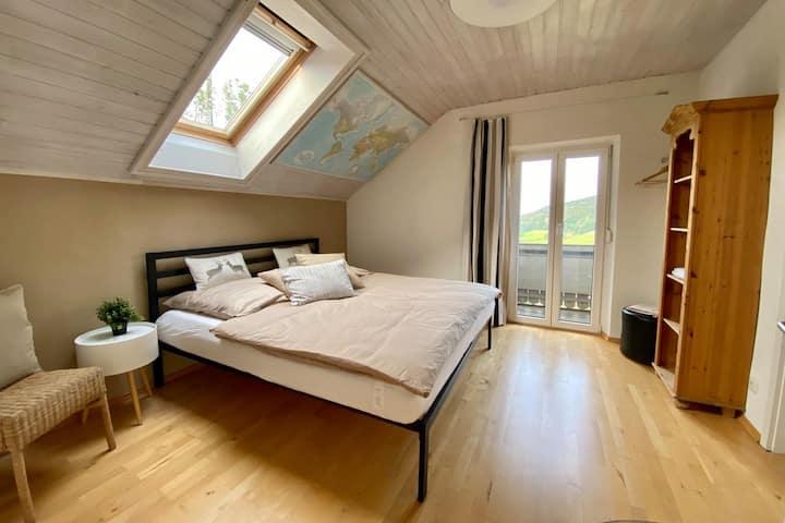 """Berg-seh"" - gemütliches Apartment, 4 Pers, Garten"