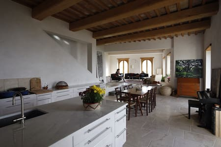 Elegant stone casa 1 hour from Rome - Guardea - 独立屋