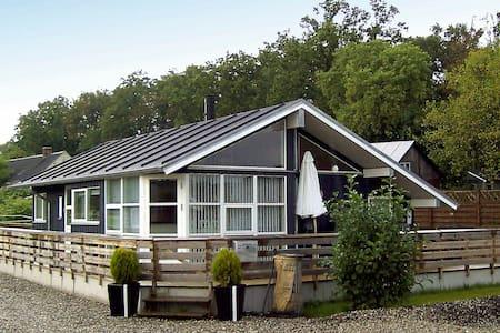 Sfeervol vakantiehuis in Haderslev nabij het strand