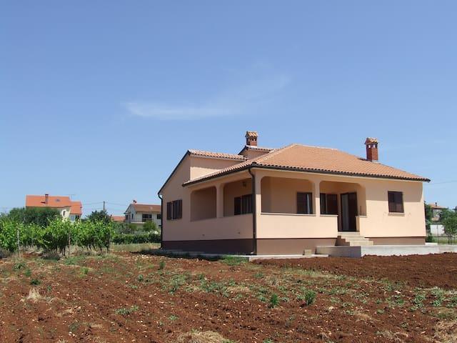 Villa campagna - Općina Kaštelir - Labinci - บ้าน