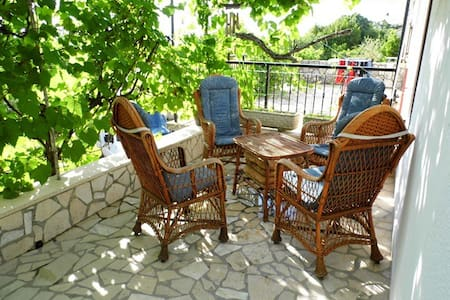 Colorful vacation on Krk, Croatia - Malinska - Apartment