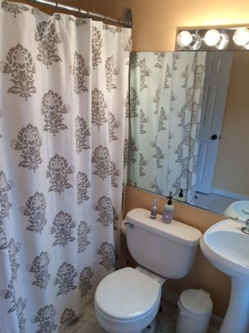 Another view of 2nd Floor Bathroom.