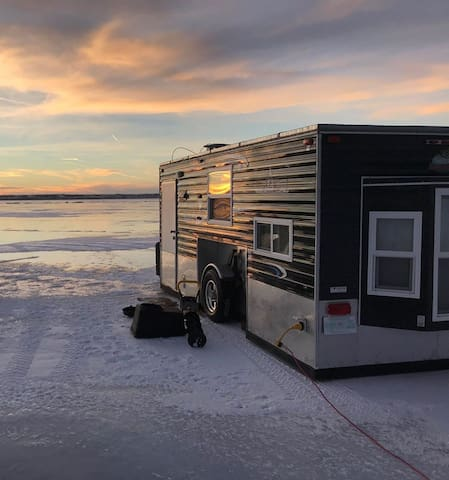 Luxury Ice Castle Fish Shack