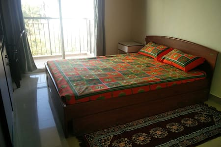 Fully Furnished, Modern Apartment - Bengaluru - Daire