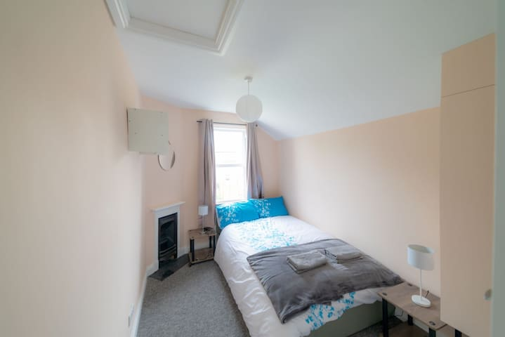 Bright, Comfortable Double Room