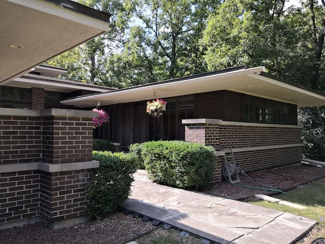 Master qtr close to nature & easy urban facilities