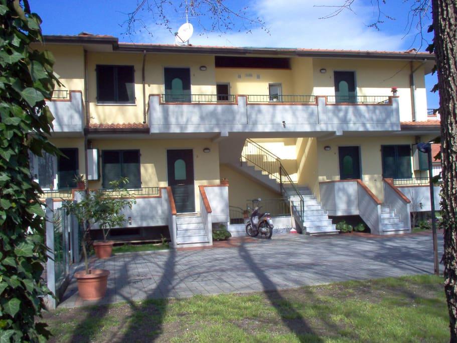 casa vacanza a marina di massa houses for rent in massa On casa vacanza marina di massa