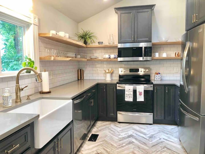 New remodel! Walk to Rupp/UK/downtown attractions