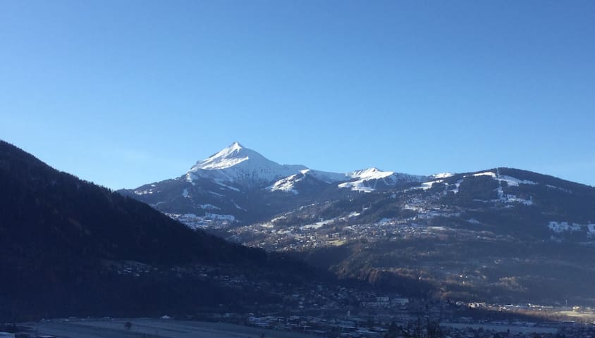 spacious, comfy apartment , Mont Blanc views......
