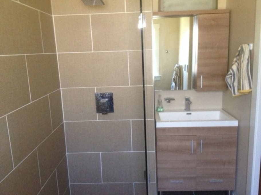 Modern bathroom,