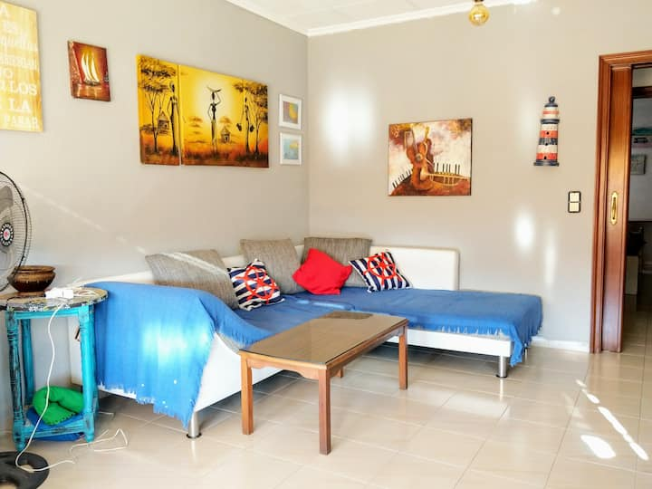 Cozy room in the city center, close to beach