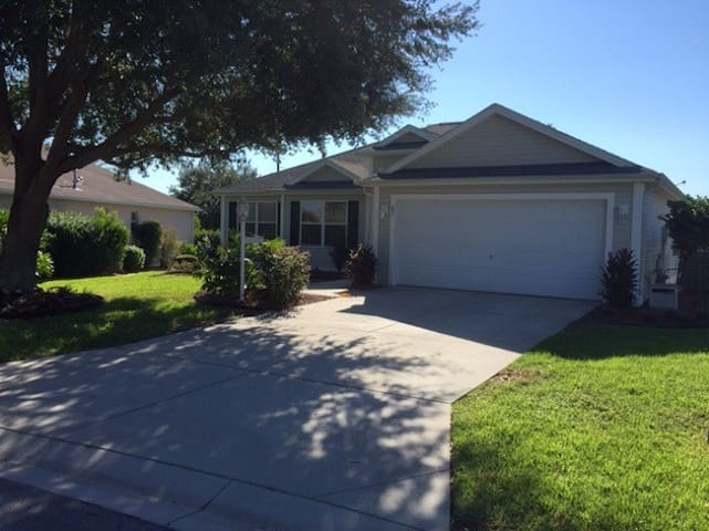 3br ALL TILE, cart, privacy, walk to pool, 3nt min