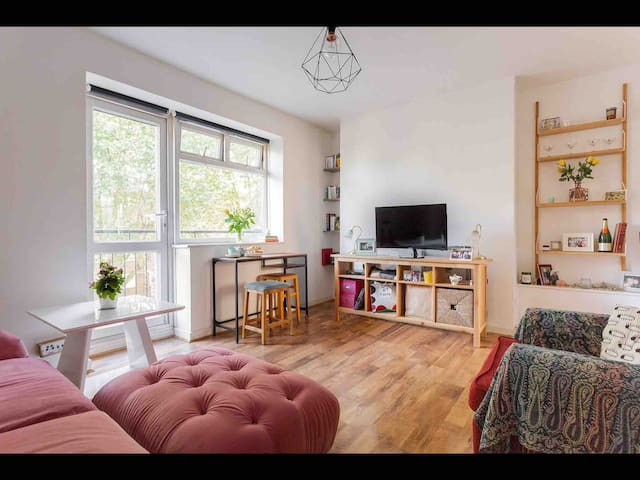 Lovely double room in a great location