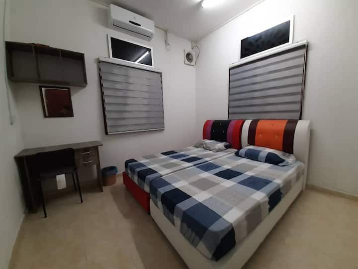 Dahlia homestay Room 3