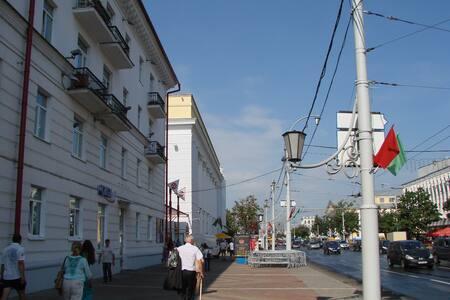 ул.Замковая.3-х комнатная квартира  - Витебск - Huoneisto