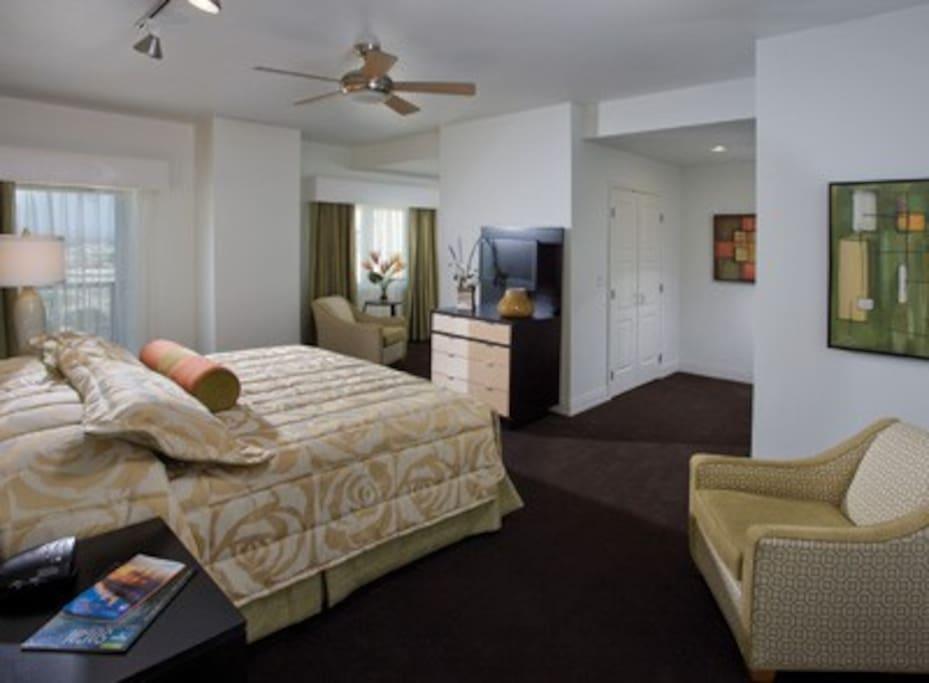 Walking distance to disneyland convention center - 2 bedroom suites disneyland anaheim ...