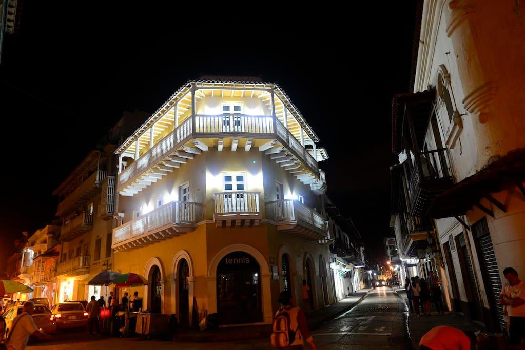 The stunning exterior of Los Balcones exuding light!