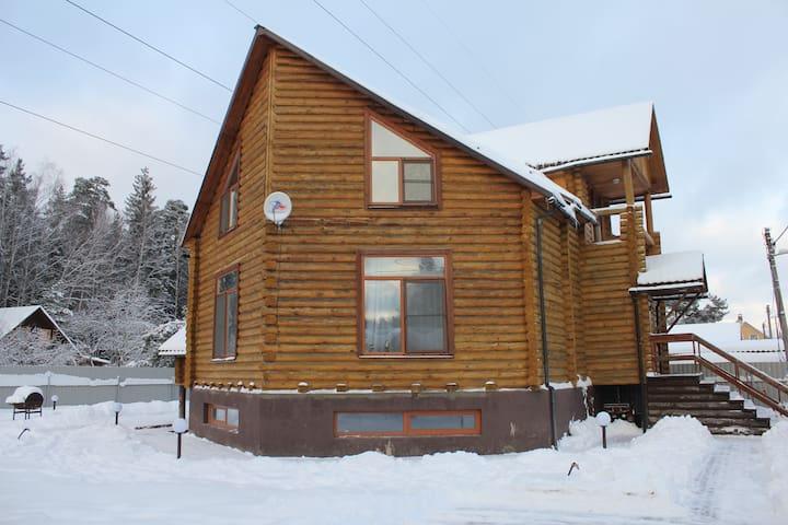 Дом в Лосином Острове - Moscow Oblast - House