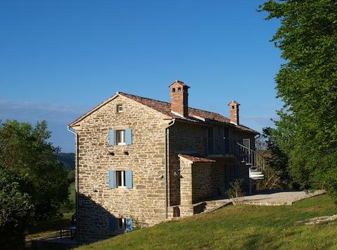 Stone house with Sauna AZZURRO