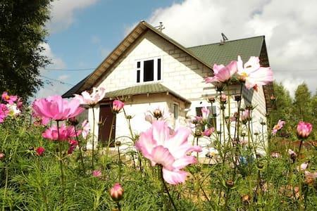 Nice house in S-Petersburg suburb - Virki - 단독주택