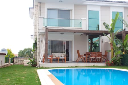 Villa with private pool & garden 6 - Çeşme