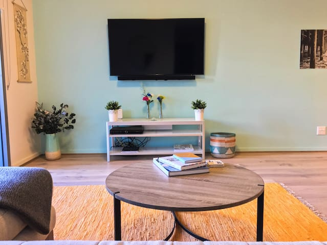Modern 2-bedroom apartment to explore Sydney