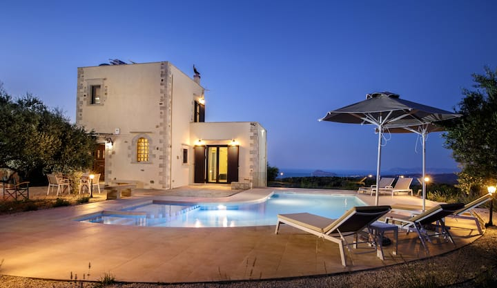 Stone Villa★Sea View★Heated Private Pool