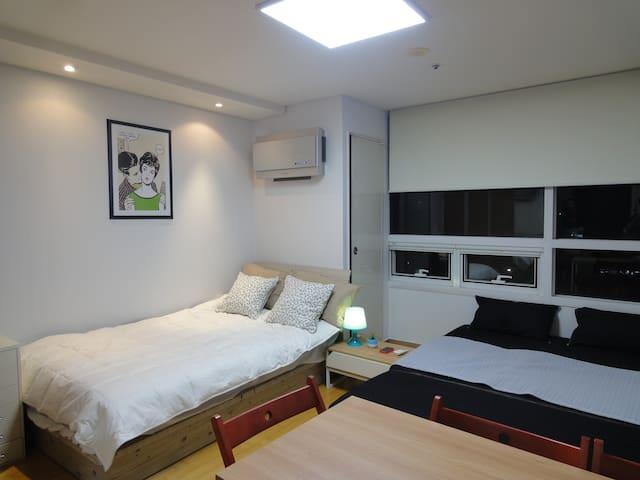 Safe.Clean.Free wifi.Central Seoul. - Seoul - Apartment