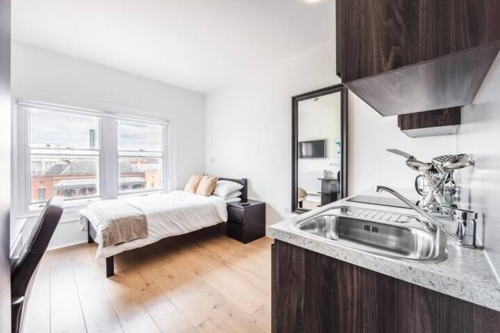 City Centre Apartment in Listed Building - Apt 42 Armstrong - The Bruce Building