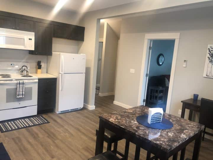 NEW Modern QUALITY Apartment #1-GOODSON