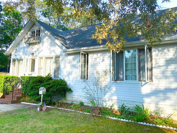 Somers Point House | 1 BDRM | TV & Wifi